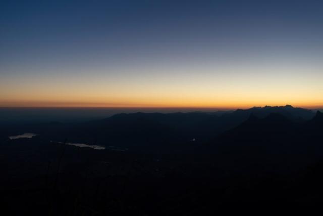 Lever de soleil en montagne - François Vulliet